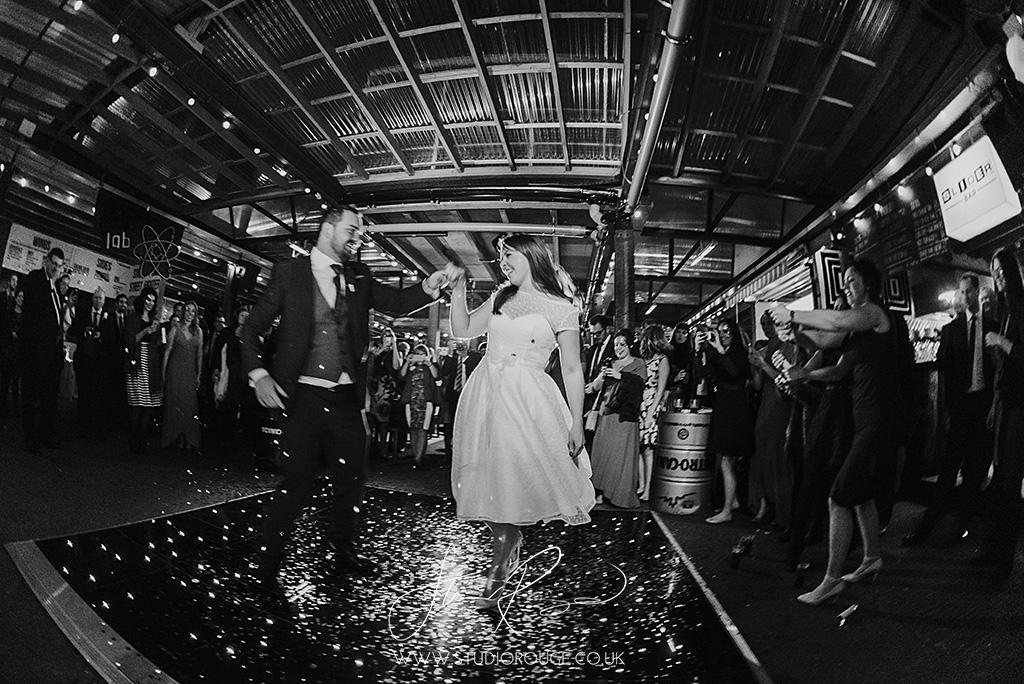 wedding_photography_london_dinerama_studio_rouge1080