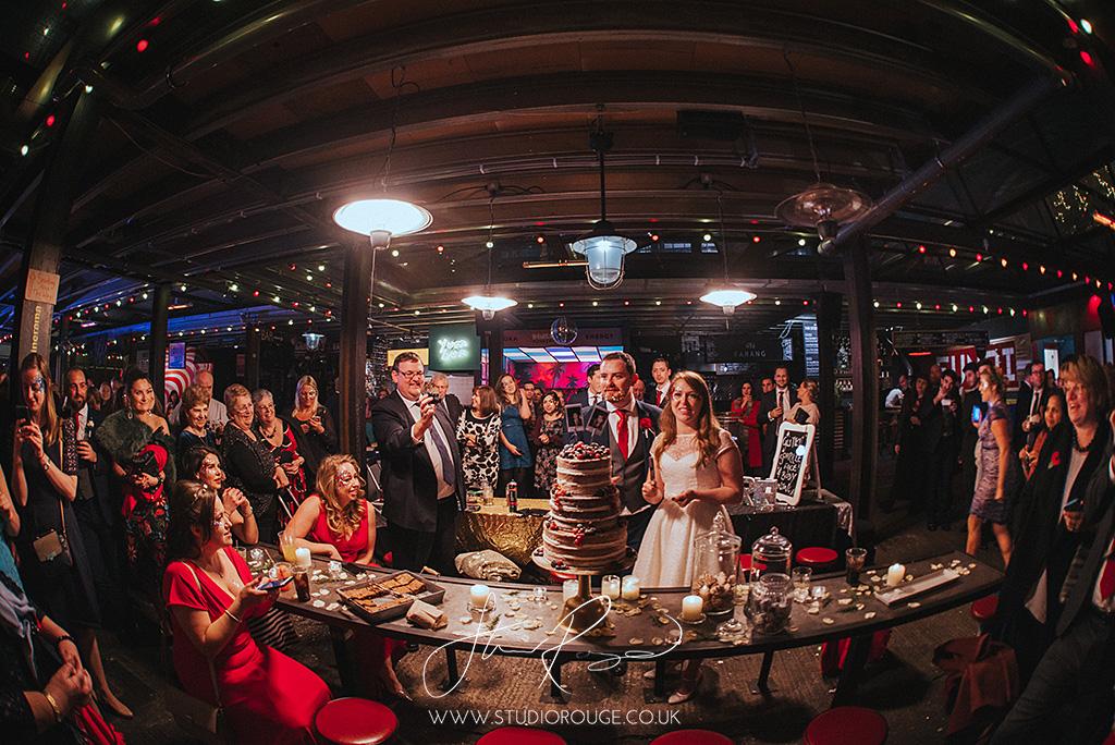 wedding_photography_london_dinerama_studio_rouge1089