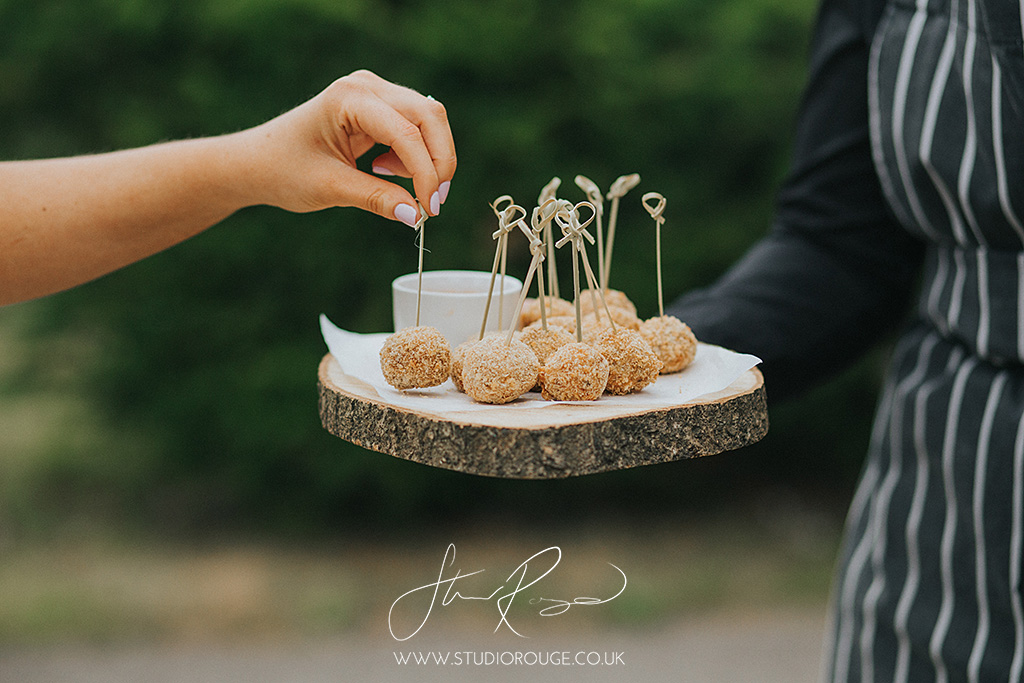wedding_photography_at_ufton_court_by_studio_rouge1348